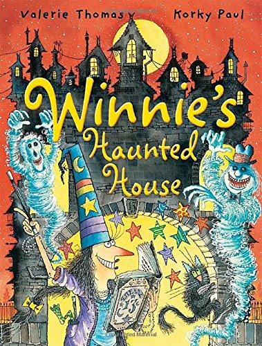 9780192744081: Winnie's Haunted House