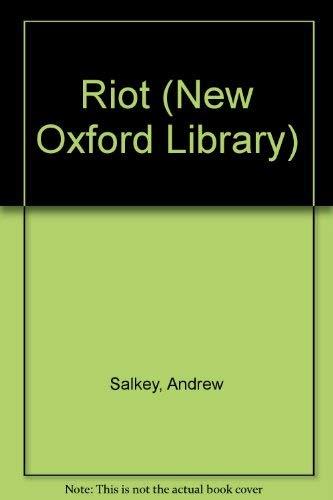 9780192771056: Riot (Oxford Children's Paperbacks)