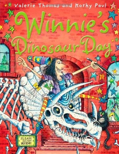 9780192794017: Winnie's Dinosaur Day (Winnie the Witch)