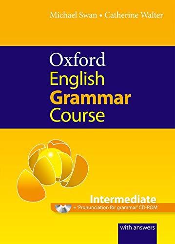 9780194420822: Oxford English Grammar Course: Intermediate [With CDROM]