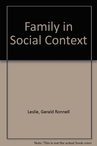 9780195019506: The Family in Social Context