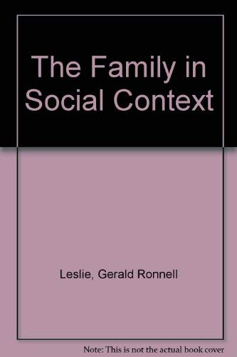 9780195034783: The Family in Social Context