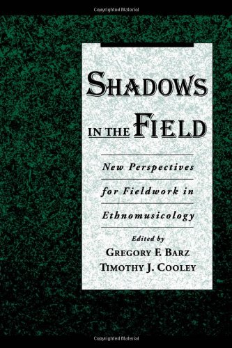 9780195109115: Shadows in the Field: New Perspectives for Fieldwork in Ethnomusicology