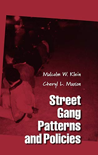 9780195163445: Street Gang Patterns and Policies (Studies in Crime and Public Policy)