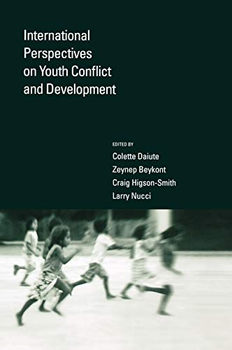 9780195178425: International Perspectives on Youth Conflict and Development