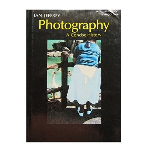 9780195203554: Photography: A Concise History