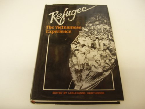 9780195543384: Refugee: The Vietnamese experience