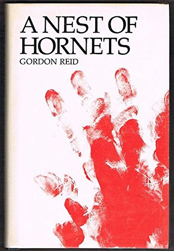 9780195543582: A Nest of Hornets: The Massacre of the Fraser Family at Hornet Bank Station, Central Queensland, 1857, and Related Events