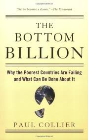 9780198092353: THE BOTTOM BILLION