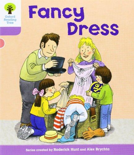 Fancy Dress. Roderick Hunt, Gill Howell: Hunt, Roderick