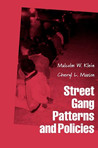 9780199742899: Street Gang Patterns and Policies (Studies in Crime and Public Policy)