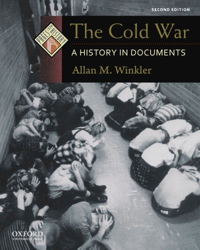9780199765980: The Cold War: A History in Documents (Pages from History)