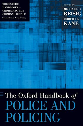 9780199843886: The Oxford Handbook of Police and Policing (Oxford Handbooks)