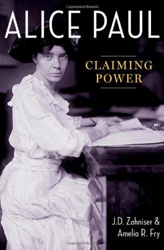 9780199958429: Alice Paul: Claiming Power