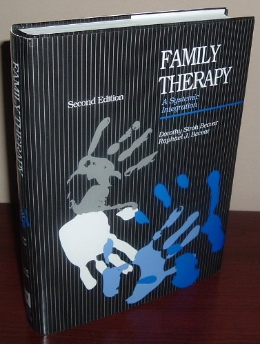 9780205142583: Family Therapy: A Systemic Integration