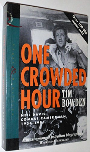 9780207187636: One Crowded Hour New Edition