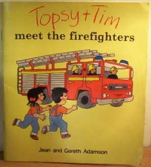 9780216925908: Topsy And Tim Meet The Firefighters (Topsy & Tim)