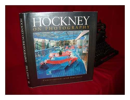9780224024846: Hockney on Photography: Conversations with Paul Joyce
