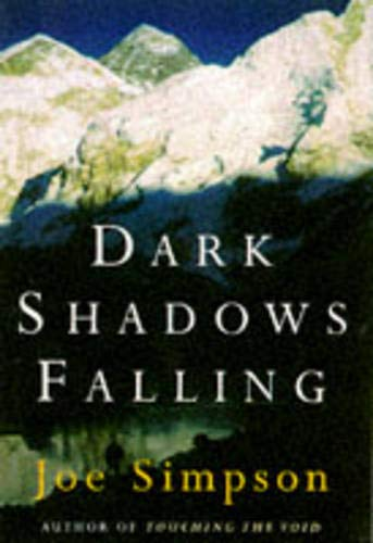 9780224043687: Dark shadows Falling