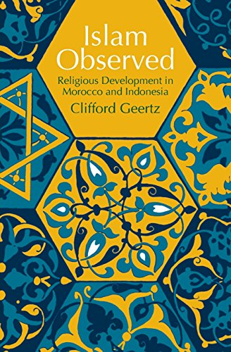 9780226285115: Islam Observed: Religious Development in Morocco and Indonesia (Phoenix Books)