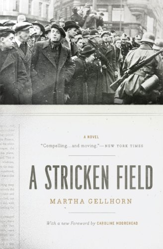 9780226286969: A Stricken Field: A Novel