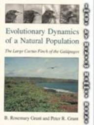 9780226305912: Evolutionary Dynamics of a Natural Population: The Large Cactus Finch of the Galapagos
