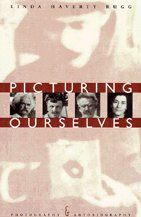 9780226731469: Picturing Ourselves: Photography and Autobiography