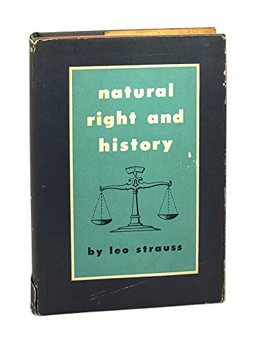 9780226776927: Natural Right and History