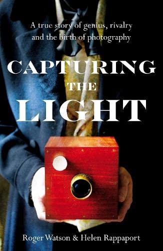 9780230768864: Capturing the Light