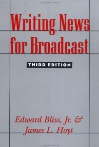 9780231079723: Writing News for Broadcast