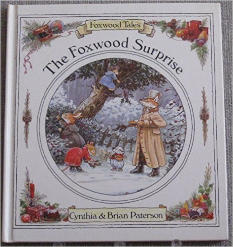 9780233982700: The Foxwood Surprise (Foxwood tales)