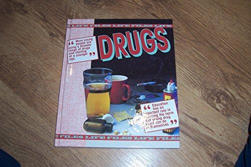 9780237515089: Drugs (Life Files)