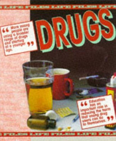 9780237516321: Drugs (Life Files)