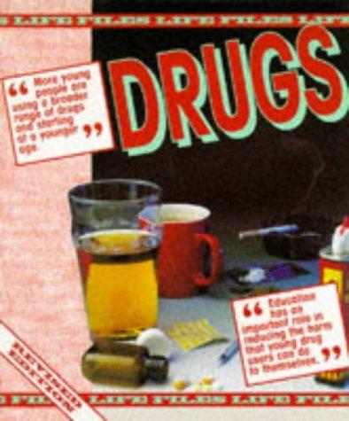 9780237518714: Drugs (Life Files)