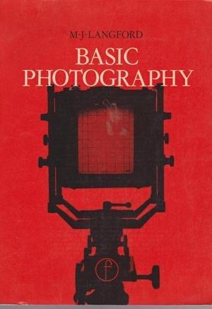 9780240506173: Basic Photography