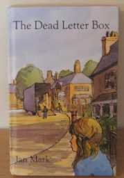 9780241108048: The Dead Letter Box (Antelope Books)