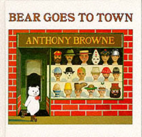 9780241108178: Bear Goes to Town
