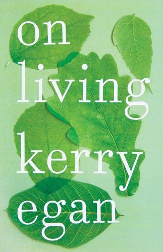 9780241297308: On Living