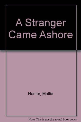9780241892411: A Stranger Came Ashore