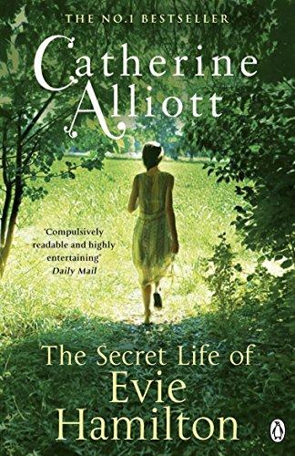 9780241961773: The Secret Life of Evie Hamilton