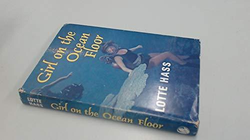 9780245508363: Girl on the Ocean Floor