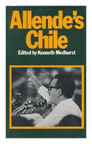 9780246105998: Allende's Chile
