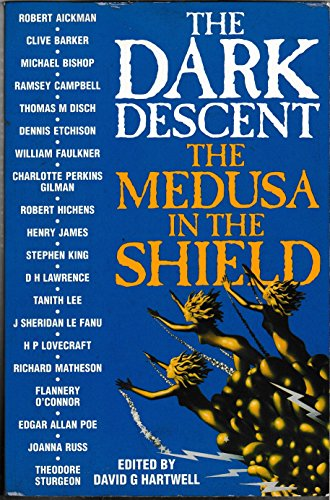 9780246137517: The Dark Descent The Medusa In The Shield