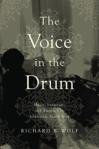 9780252038587: Voice in the Drum