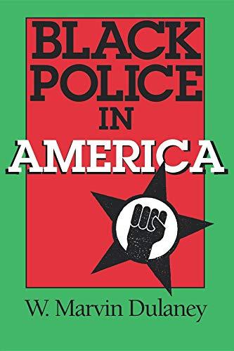 9780253210401: Black Police in America (Blacks in the Diaspora)