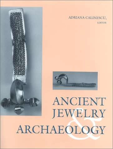 9780253329936: Ancient Jewelery and Archaeology