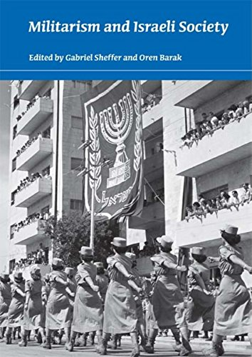 9780253354419: Militarism and Israeli Society (An Israel Studies Book)