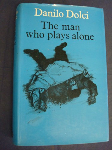 9780261621206: The man who plays alone;