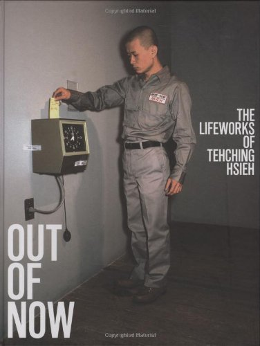 9780262012553: Out of Now: The Lifeworks of Tehching Hsieh