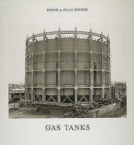 9780262023610: Gas Tanks